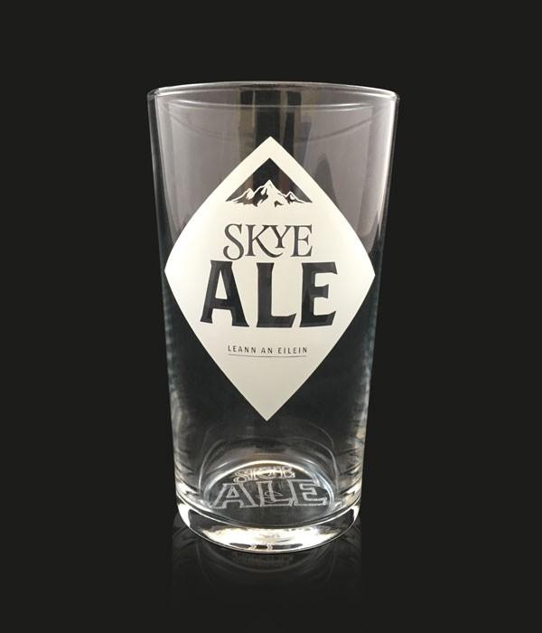 Skye Pint Glass